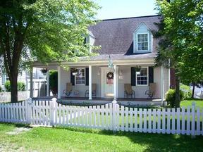 Residential : 3805 VENABLE AVE