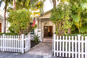 Single Family Home Just Listed: 1112 Varela Street