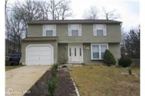 Residential Sold: 9905 Treetop LN