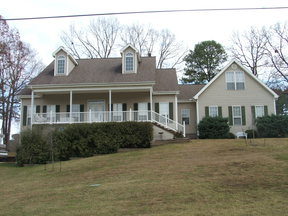 Single Family Home Sold: 256 Independence Dr
