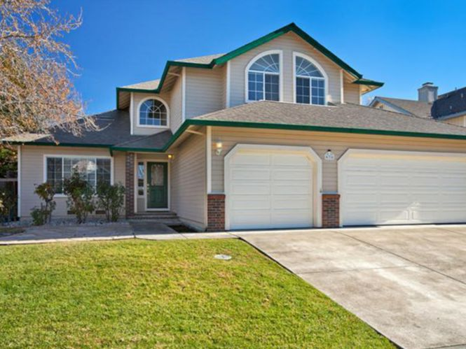 Homes for Sale in Windsor, CA
