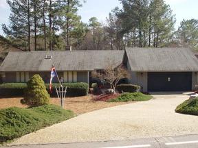 Residential : 520 St. Andrews Dr.