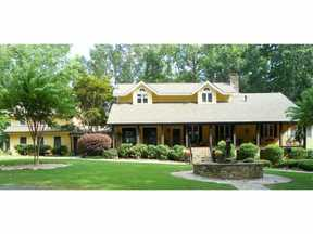 Single Family Home Sold by GA Horse Farms!: 939 Old Lathemtown Road