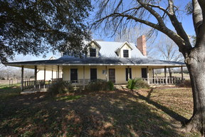 Farm & Ranch For Sale: 4917 County Road 283