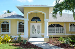 Cape Coral FL Single Family Home For Sale: $264,900 264,900.00
