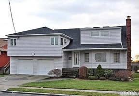 Oceanside NY Single Family Home SOLD: $659,000