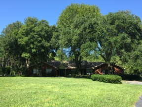 Residential For Sale: 909 North Highway 17
