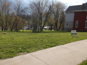 Lots and Land For Sale RB453: 402 E. Market Street