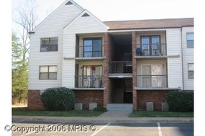 Residential : 202 Chesterfield Ln #203