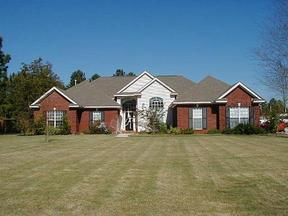 Lease/Rentals : 104 Auburn Rd