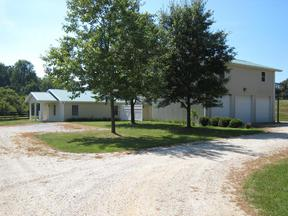 Vet Clinic with apartment : 94 Greenfield Street