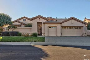 Single Family Home Sold: 866 Cottonwood Court