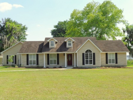 6267 Glenn Road Lake Park GA 31636 4 Beds 3 Full 1 Partial Baths 3891 Sq Ft 5 Acre Lot Courtesy Of EXIT Realty In Touch 106 MLS 101260