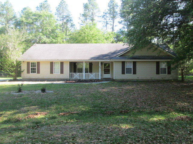 Man Cave Valdosta : Br ba home with a country feel