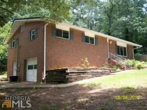 Residential Sold: 130 Ferncliff Drive