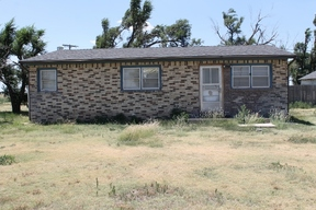 Perryton TX Residential For Sale: $99,000