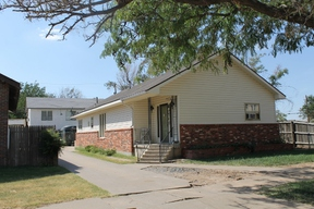 Residential Sold: 410 S Baylor
