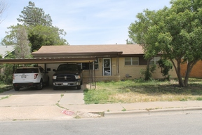 Residential Sold: 1009  S Grinnell