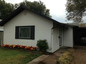 Residential Sold: 509 S Baylor