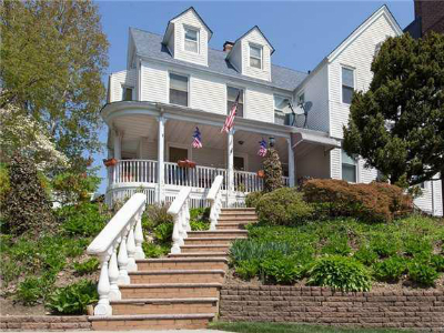 Homes for Sale in Kew Gardens, NY