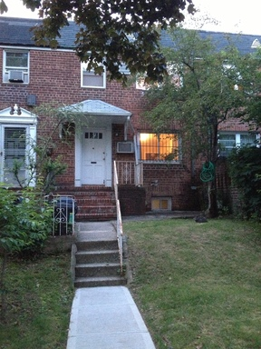 Rental For Rent: 147-19 77th Rd