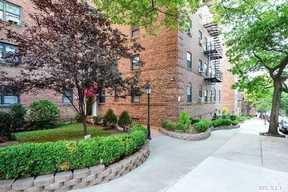 Forest Hills NY Co-op For Sale: $219,000