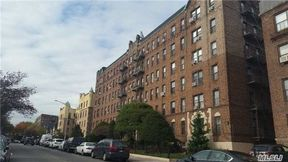 Kew Gardens NY Co-op For Rent: $1,350