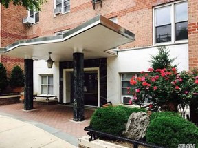Forest Hills NY Co-op For Sale: $329,000
