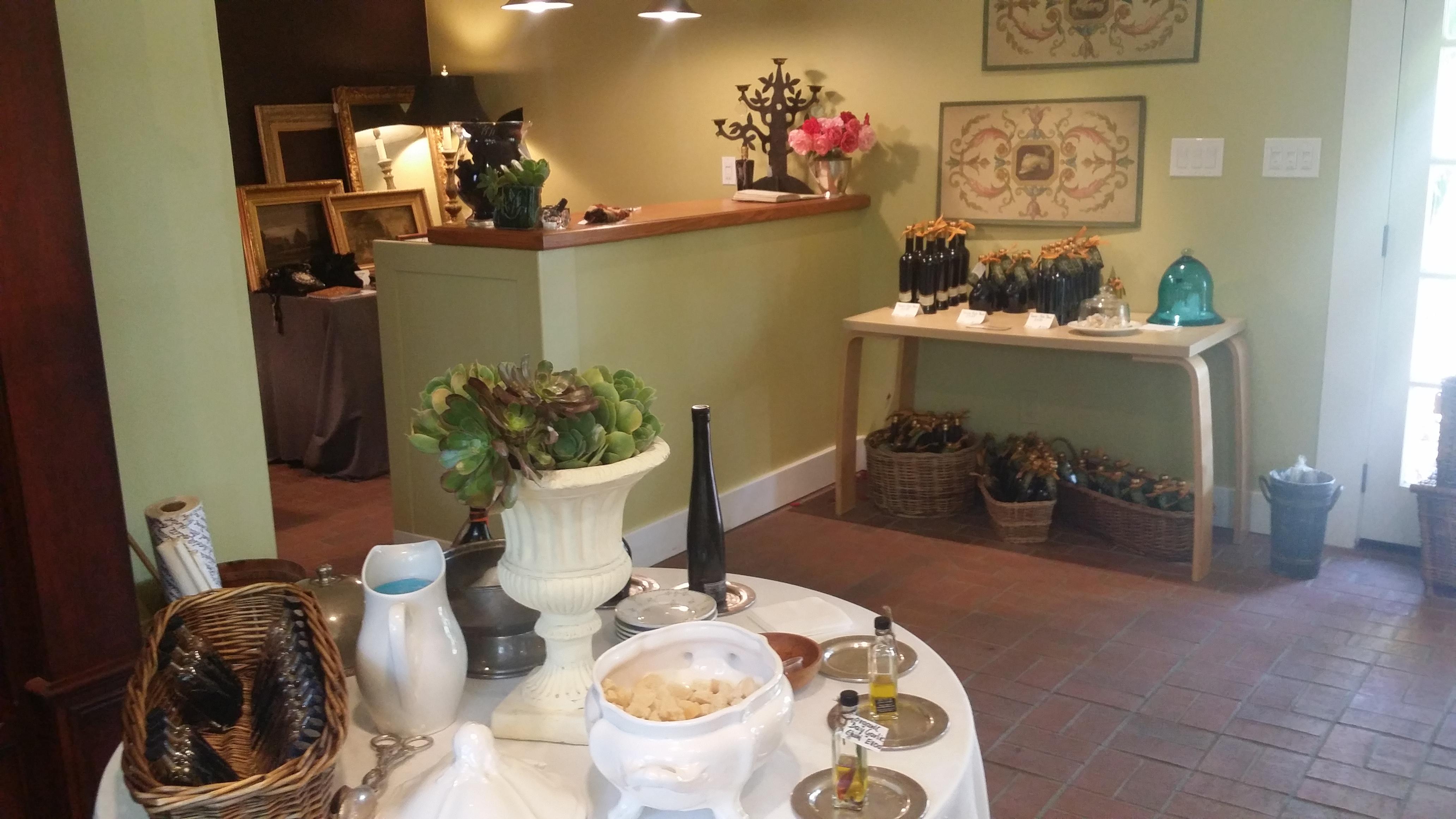 Olive Oil Tasting Room Regalo Ojai CA