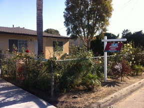 Oxnard CA Single Family Home Sold: $315,900