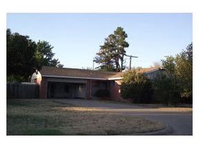 Residential : 107 E Hillcrest