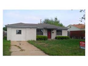 Residential : 1016 E Box