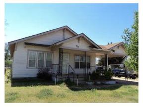 Residential : 410 E 3Rd