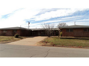 Residential : 405 Frontier Way