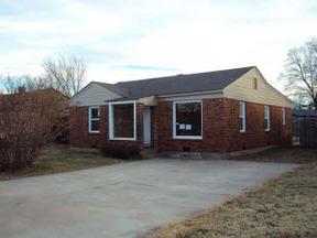Residential : 420 Eisenhower