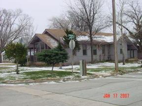 Residential : 300 E. Cypress