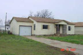 Residential : 1121 Maple