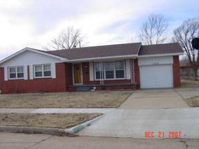 Residential : 1300 Karen Drive