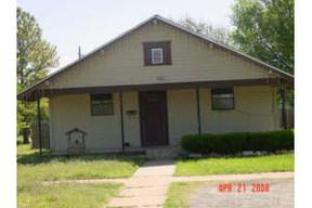 Residential : 200 S MONROE