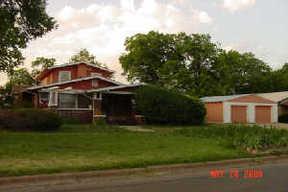 Residential : 501 E Walnut