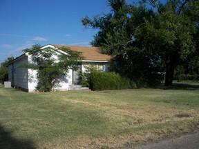 Residential : 1800 N OREGON