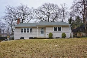 Rocky Point NY Single Family Home For Sale: $310,000
