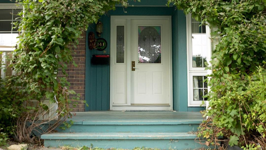 "Enter Through This Door To Find Your ""Right"" Naples Home"