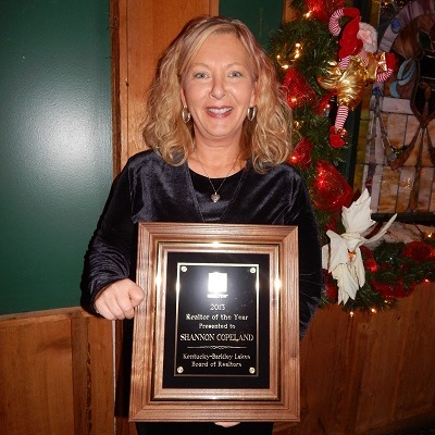 Shannon Copeland, 2013 Realtor of the Year for Kentucky Barkley Lakes