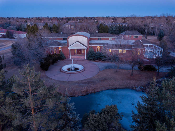 10 Sunrise Drive, Englewood, CO - listed with Friedman Realty Associates