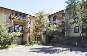 Evergreen CO Condo/Townhouse Active: $207,000 List Price