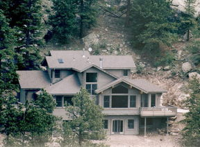 Residential : 135 Aspen Cir