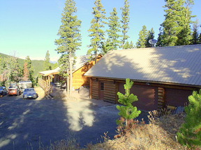 Residential : 1500 Little Bear Creek Rd