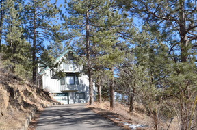 Residential : 2990 Kerr Gulch Rd