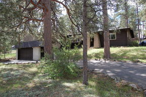 Residential : 28760 Pine Dr